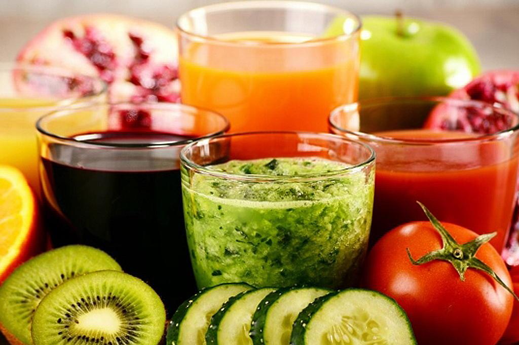 野菜ソムリエとつくるフルーツパフェ・フルーツジュースづくり